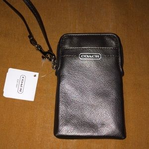 NWT NEW COACH SILVER GRAY CARDS CELLPHONE WRISTLET